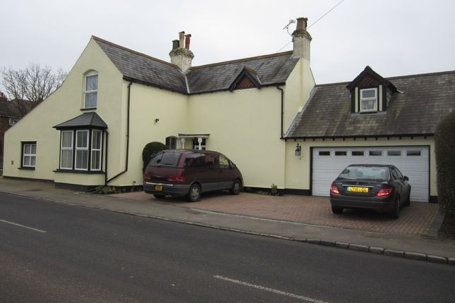 Thumbnail Detached house to rent in North Street, Winkfield, Windsor
