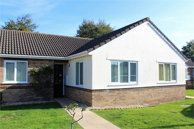Thumbnail Bungalow for sale in Kelston Gardens, Worle, Weston-Super-Mare, North Somerset.