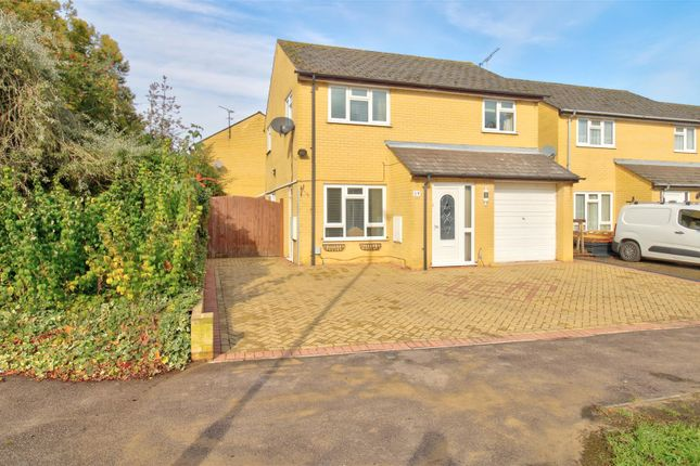 Thumbnail Detached house for sale in Herns Lane, Welwyn Garden City