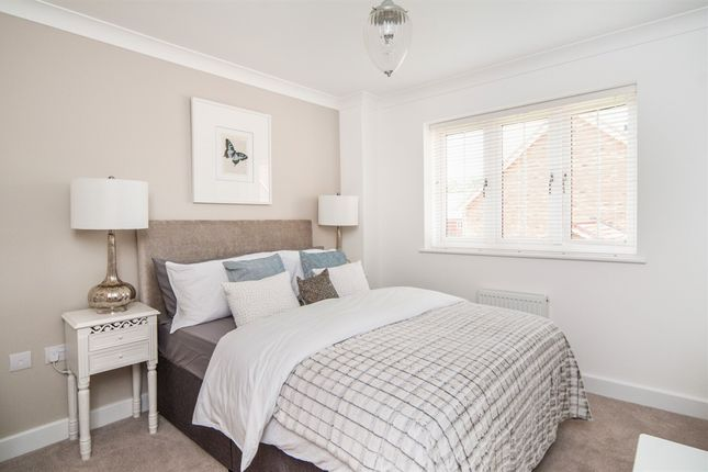 Thumbnail Detached house for sale in Woodacres Way, Hailsham