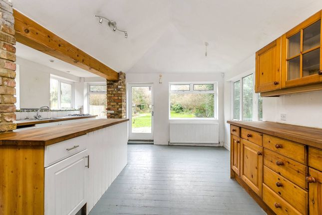 Thumbnail Property to rent in Lee Road, Blackheath