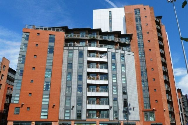 2 bed flat to rent in City Gate, Castlefield, Manchester