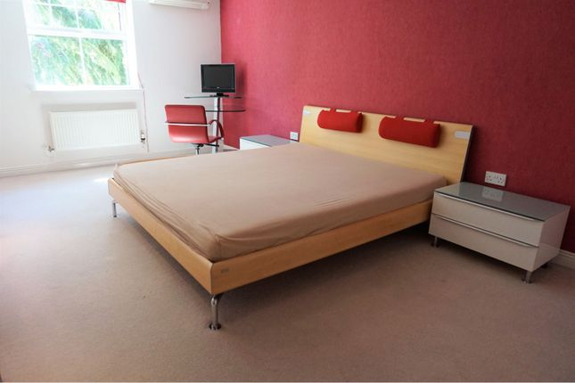 Bedroom Two of Carmelite Drive, Reading RG30