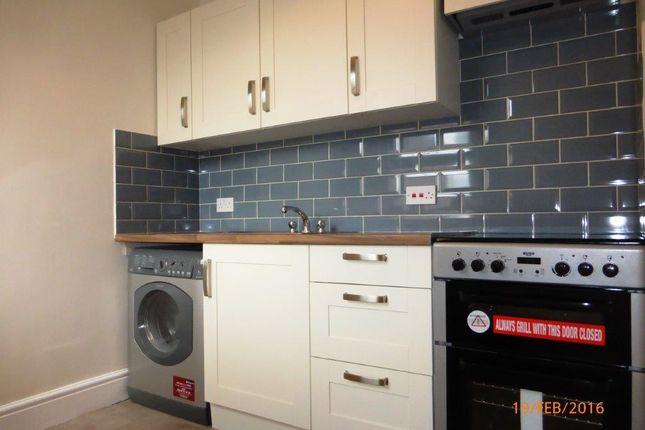 Thumbnail Flat to rent in Park Lane, Chippenham