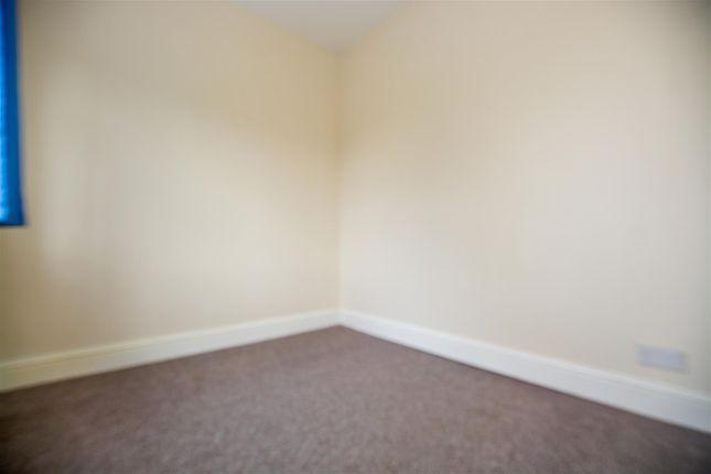 Bedroom of Scawby Road, Scawby Brook, Brigg DN20