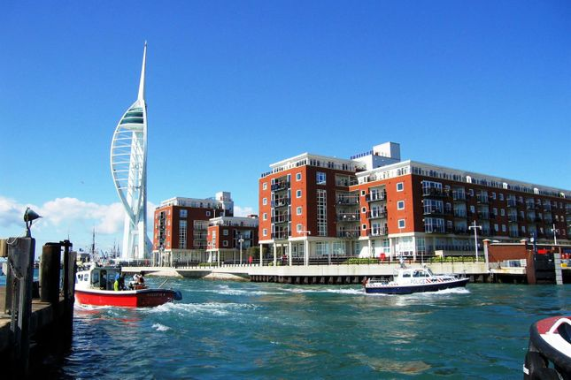 Gunwharf Quays Portsmouth Po1 2 Bedroom Flat For Sale