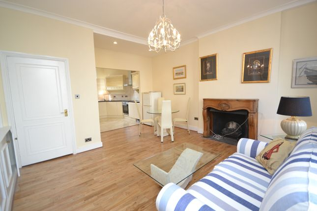 2 bed flat to rent in Sussex Place, Paddington