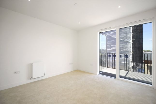 Thumbnail Flat for sale in Boiler House, 2 Material Walk, Hayes
