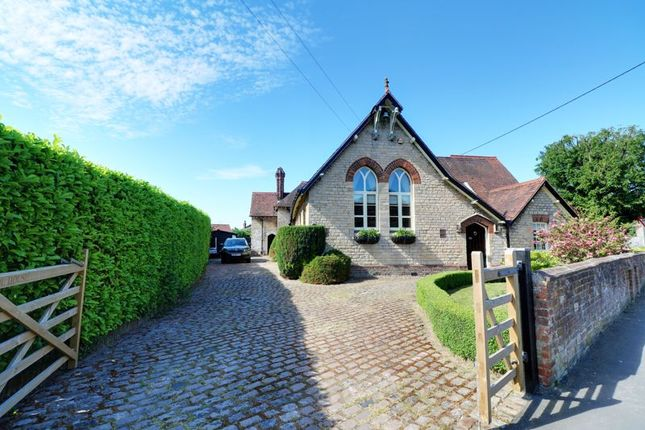 Thumbnail Detached house for sale in Redbourne Road, Hibaldstow, Brigg