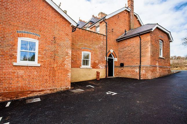 Thumbnail Flat for sale in Moreton Road, Buckingham