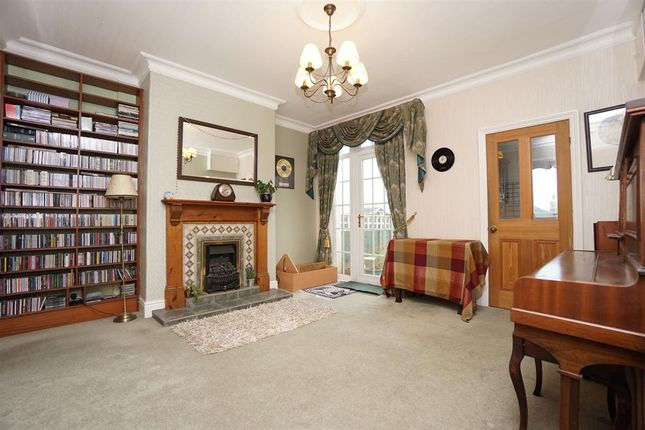 Dining Room of Leaton Close, Loxley, Sheffield S6