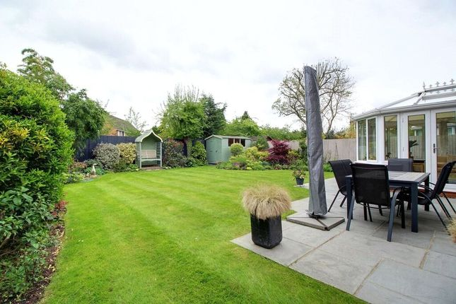 Picture No. 20 of Caribou Close, Woodley, Reading, Berkshire RG5