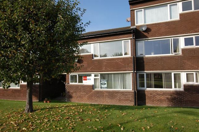 2 bed flat to rent in Dunsgreen Court, Ponteland, Newcastle Upon Tyne