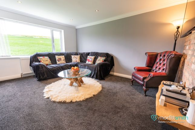 Living Room of Kirk Edge Drive, Worrall, - Viewing Essential S35