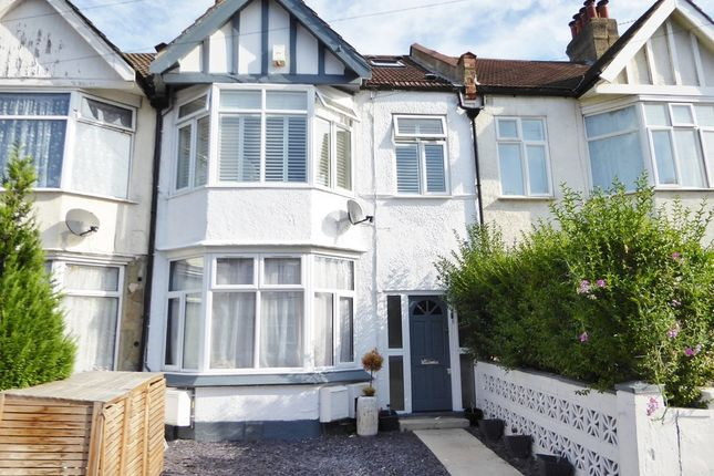 Thumbnail Flat for sale in Park Avenue, Tooting Borders