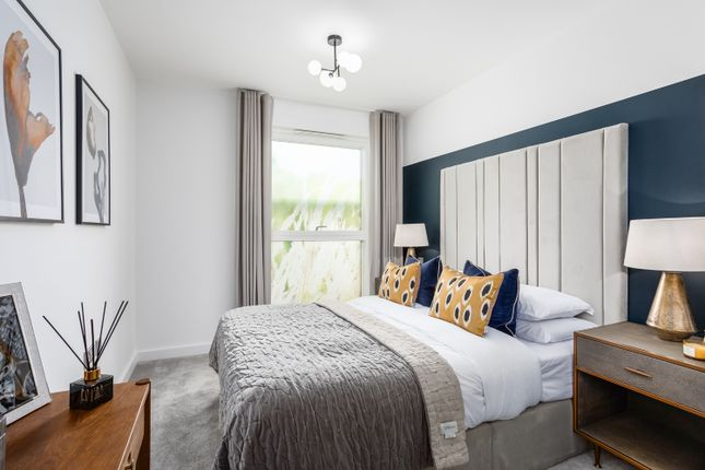 Thumbnail 3 bed flat for sale in Kidbrooke Village, Greenwich