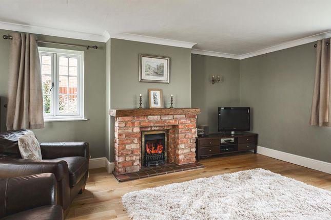 Lounge of Burley Lane, Quarndon, Derby DE22