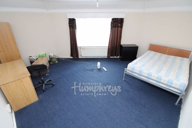 Thumbnail Flat to rent in Culver Lane, Earley, Reading