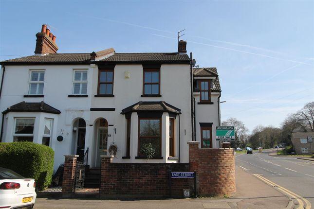 Thumbnail Semi-detached house for sale in East Street, Hemel Hempstead