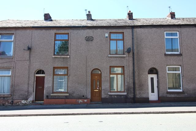 Thumbnail Terraced house to rent in 986 Manchester Road, Castleton, Rochdale