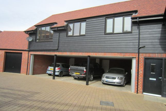 Thumbnail Flat to rent in Teddington Drive, Leybourne, West Malling