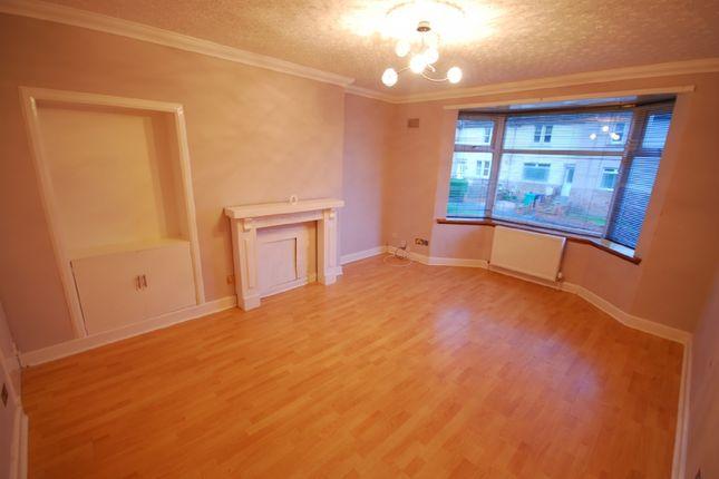 Thumbnail Semi-detached house to rent in Massereene Road, Kirkcaldy