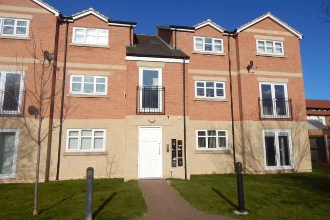 2 bed flat to rent in Dixons Bank, Marton-In-Cleveland, Middlesbrough TS7