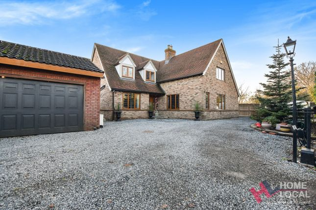 4 bed detached house for sale in St Marys Road, Wickford SS12