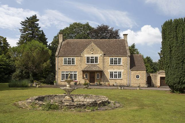 Thumbnail Detached house for sale in Cheltenham Road, Broadway, Worcestershire