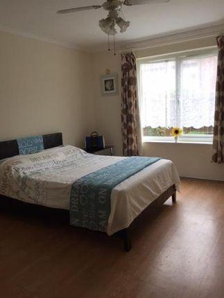 Thumbnail Room to rent in Crewton Way, Alvaston, Derby