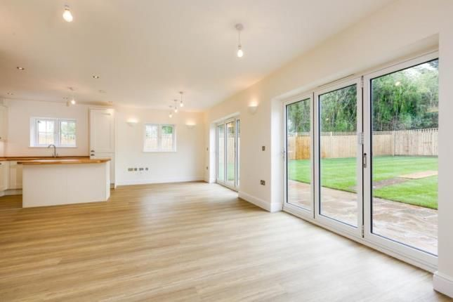 3 bed bungalow for sale in Prichard Court, New Barn Road, Swanley, Kent BR8