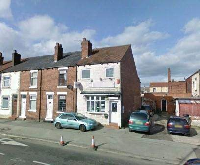 Commercial property for sale in Pontefract WF7, UK