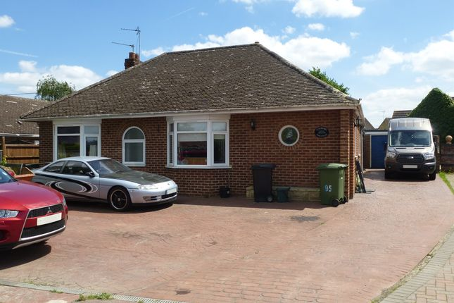 Thumbnail Detached bungalow for sale in Milton Road, Sutton Courtenay, Abingdon