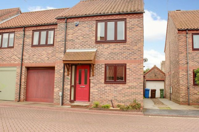 Thumbnail Semi-detached house to rent in St. Martins Court, Lairgate, Beverley