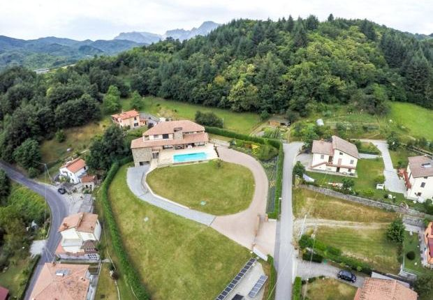 5 bed property for sale in Villa Horizon, Piazza Al Serchio, Tuscany, Italy