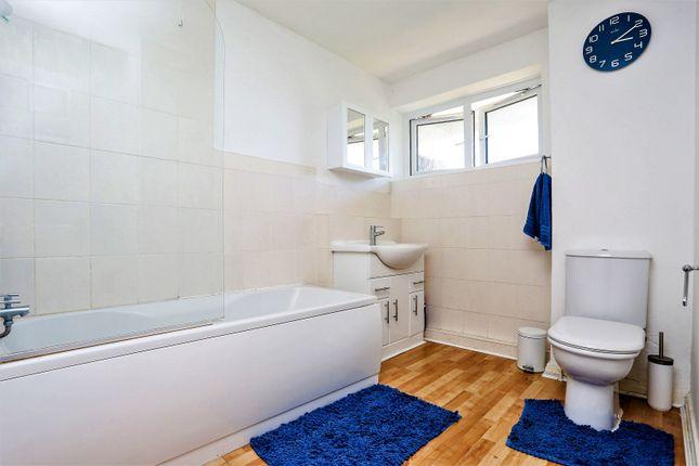 Bathroom of Whites Row, Kenilworth CV8