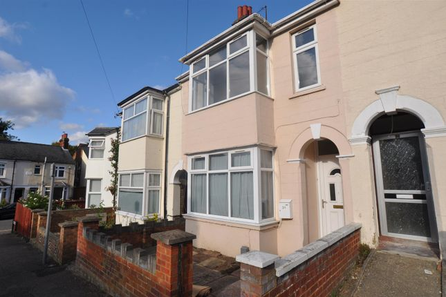Thumbnail Property to rent in Kings Road, Hitchin
