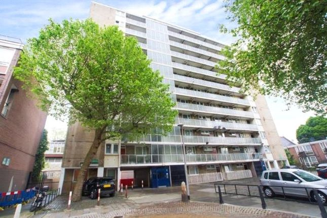 2 bed flat to rent in Munster Square, London