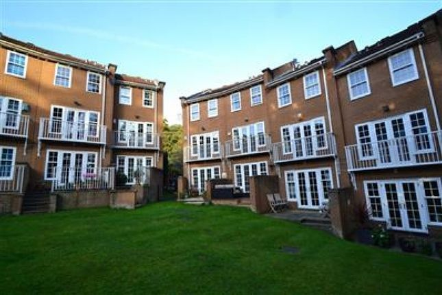 Thumbnail Town house to rent in Branksome Wood Road, Westbourne, Bournemouth
