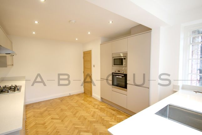 Thumbnail Flat to rent in Widecombe Court, Lyttelton Road, London