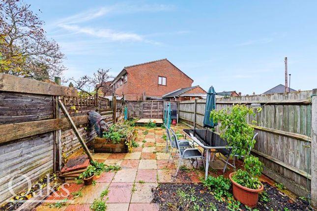 Garden of Woodside Green, Woodside, Croydon SE25
