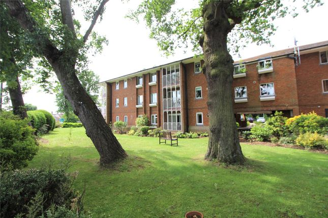 Flat for sale in Cavell Drive, Enfield