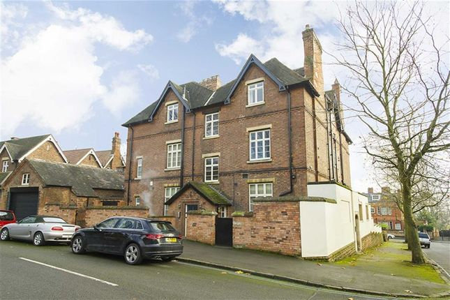 2 bed flat for sale in Cavendish Crescent South, Nottingham