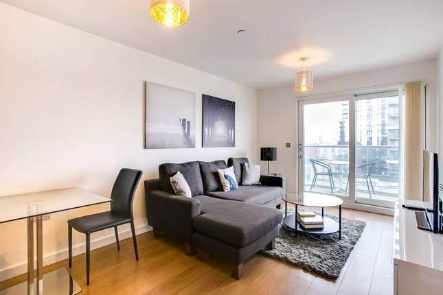 Thumbnail Flat to rent in Barge Walk, London