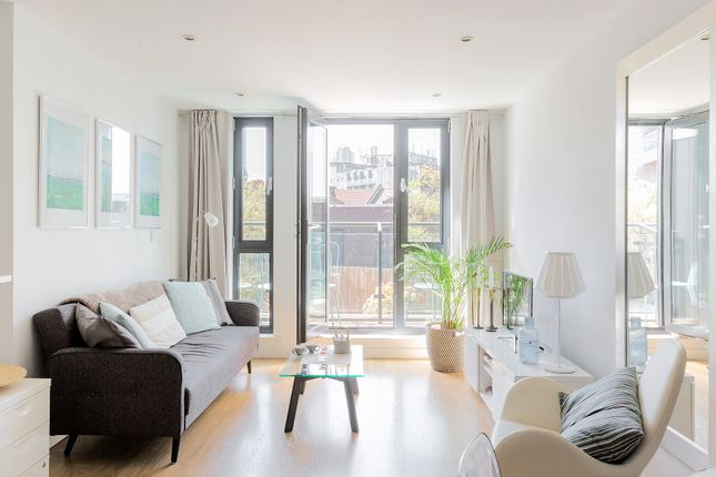 Thumbnail Town house to rent in Webber Street, London