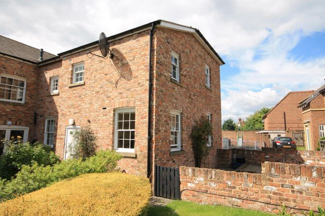 Thumbnail Town house to rent in Bellingham Close, Thirsk