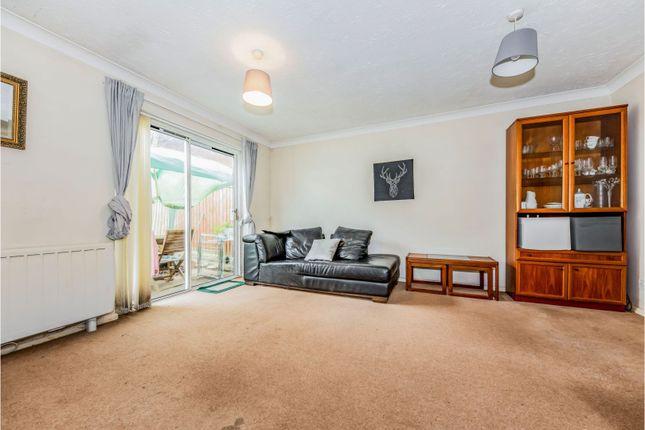 Living Room of Carters Walk, Farnham GU9