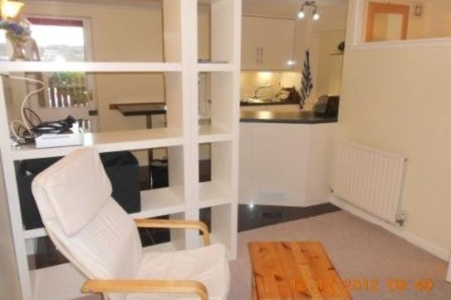 Studio to rent in Riverside View, Ottery St. Mary EX11