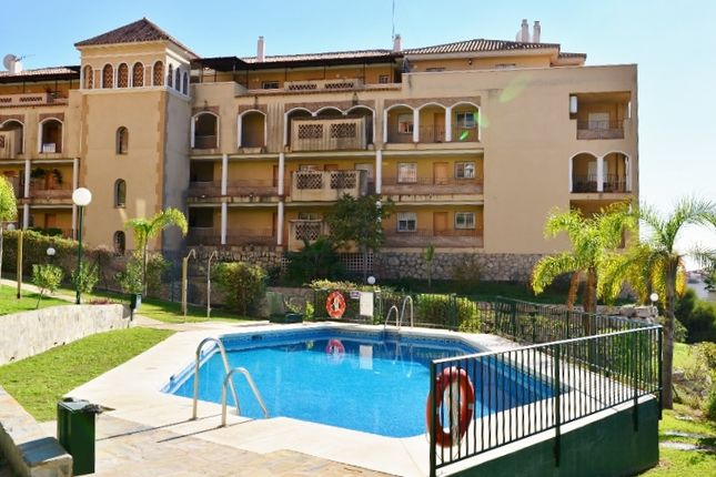 2 bed apartment for sale in Calle Onice, Riviera Del Sol, Málaga, Andalusia, Spain