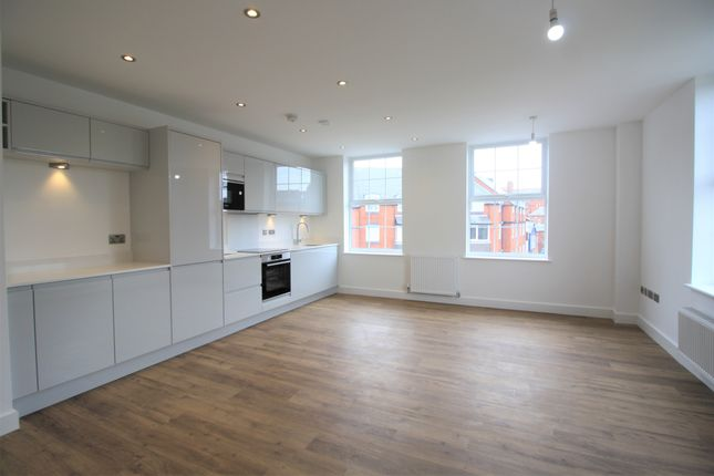 2 bed flat to rent in Concorde House, Canal Street, Chester CH1